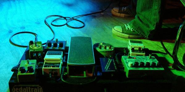 guitar pedals green