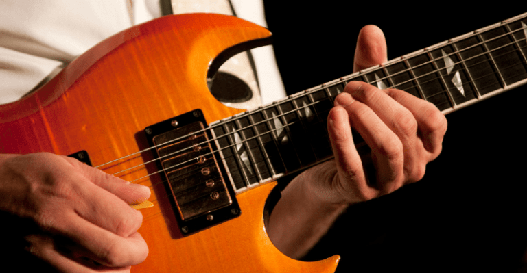 Easy Guitar Riffs for Beginners - 10 Simple Ones to Start