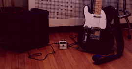 Pic of guitar with noise supressor (1)