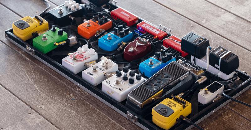 guitar pedal pedalboard