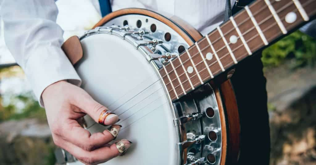 Person playing Banjo