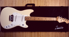 Fender Duo Sonic Guitar