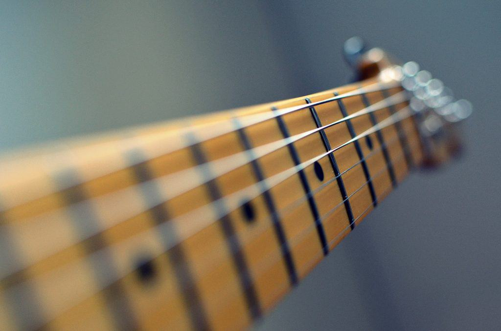 picture of guitar neck