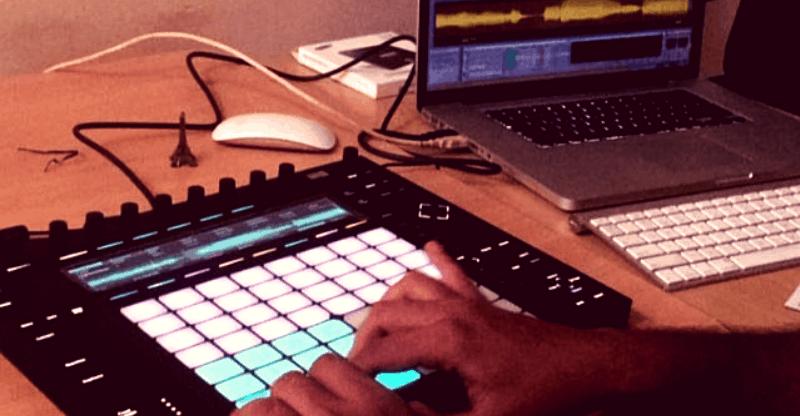 ableton-push-2-midi-drum-pad-controller