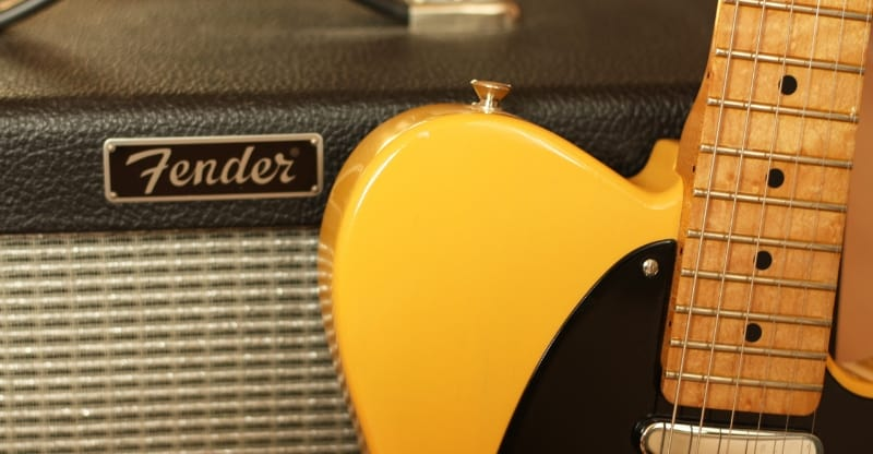 fender blues junior tube amp and telecaster