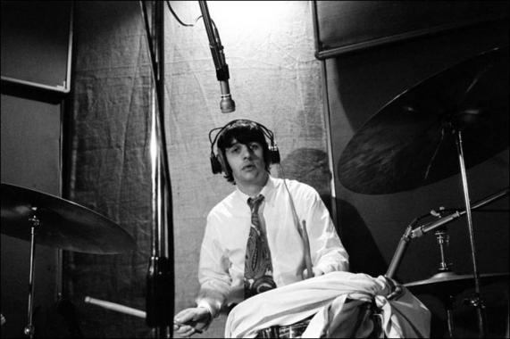 ringo starr using a towel for his drums