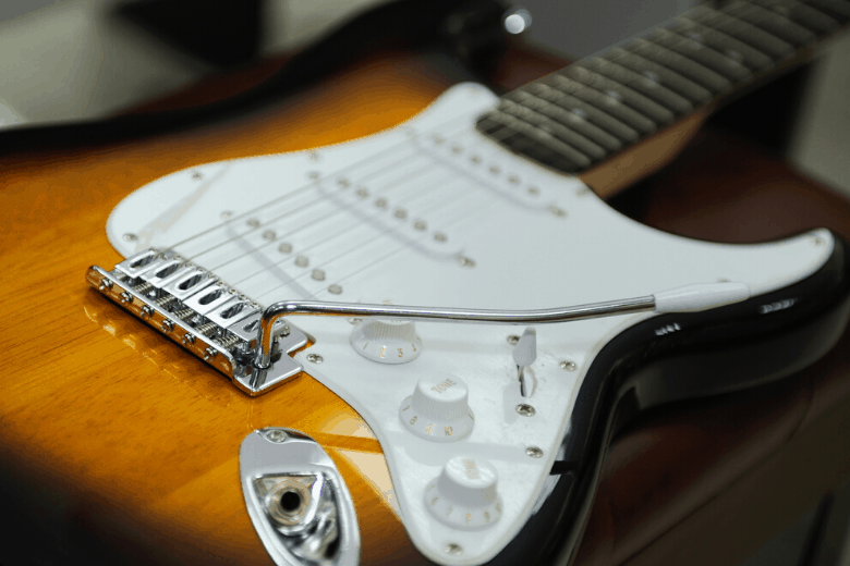 Fender Tremolo Bridge