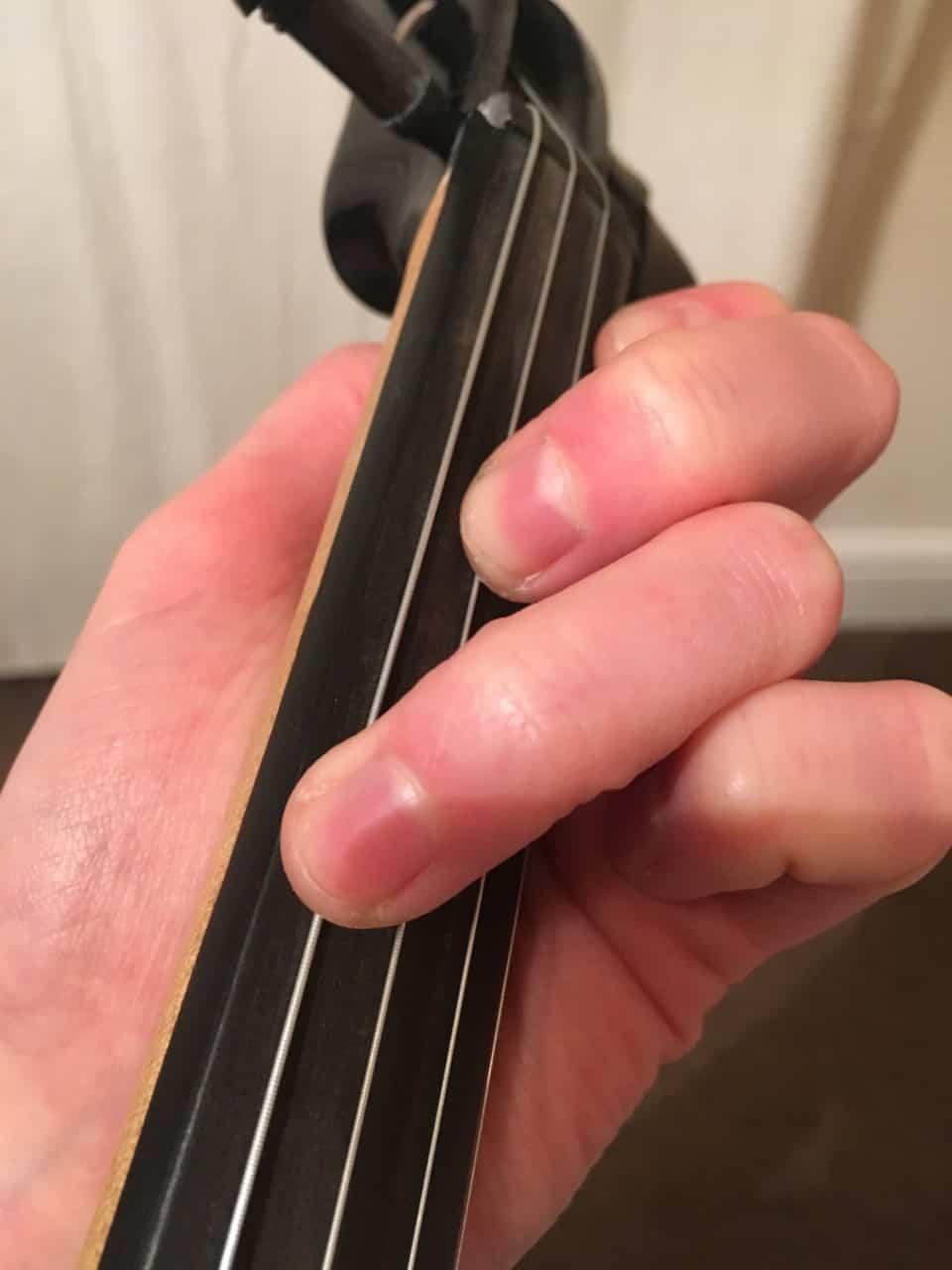 f major violin chord