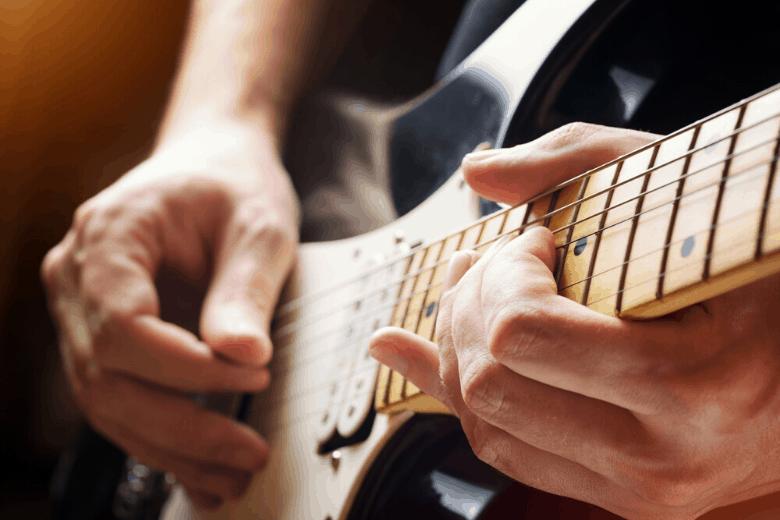 Stratocaster maple fretboard