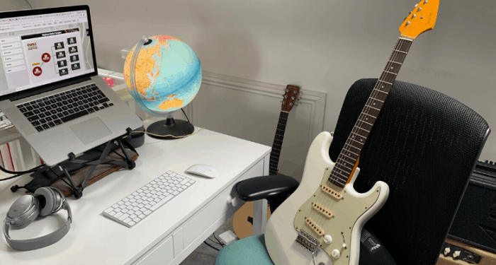 Best Online Guitar Lessons in 2020 – Reviewed & Ranked